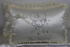 wedding kneeling pillows wedding kneeling pillows cojines para boda