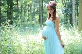 maternity photo shoot ideas should you do a maternity photo shoot time guide