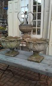 white vintage garden statue would loooove to this in my