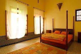 marocain la chambre chambre à coucher arabe authentique maroc photo stock image