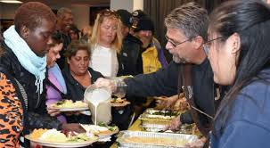homeless receive hearty thanksgiving feast malibu presbyterian