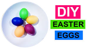 easy diy how to make colorful easter eggs with food coloring by