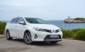 toyota europe toyota auris hybrid wagon are you missing out on europe u0027s prius v