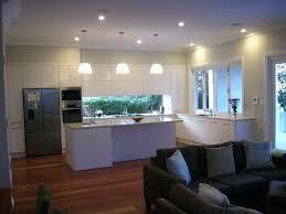 cuisine avec fenetre rideau fenetre cuisine cuisine rideau fenetre cuisine avec clair