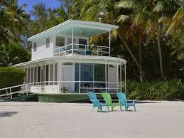 Tiny Homes For Sale Florida by House Of The Week Beached Florida Keys Houseboat