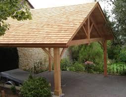 construire son chalet en bois menuiserie artisanale construction de terrasse et carport en bois