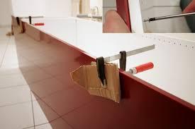 finition de cuisine agréable fixation meuble haut cuisine ikea 8 plaque de finition