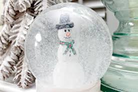 snow globe day 6 of 12 days of ornaments