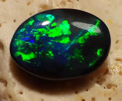 green opal 4 69ct n1 n2 gem nobby black opal brilliant electric green