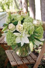 Small Flower Arrangements Centerpieces Best 25 Graduation Flowers Ideas On Pinterest Grad Party