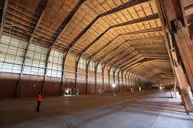 google moving into restored spruce goose hangar in playa vista