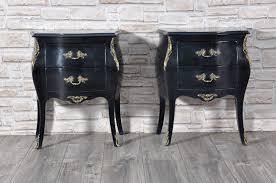 comodini in stile comodino bombato laccato nero anticato con bronzi in stile luigi