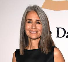 what enhances grey hair round the face 30 stylish gray hair styles for short and long hair