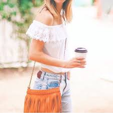 Design Blogger Livvyland Austin Fashion And Style Blogger Fashion Bloggers With Coffee Instagram Photos Popsugar Fashion