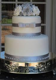 silver wedding cakes silver cakes a wedding cake