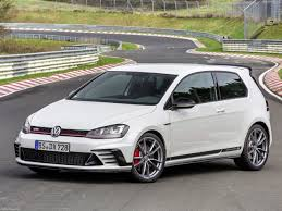 wallpaper volkswagen gti volkswagen golf gti clubsport s 2017 pictures information u0026 specs