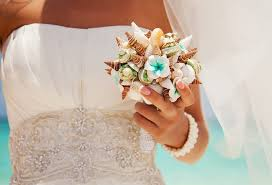 20 wedding bouquet ideas seashells and flowers