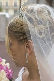 Hochsteckfrisurenen Zur Hochzeit Mit Schleier by Brautfrisur Mit Schleier Bildergalerie Hochzeitsportal24