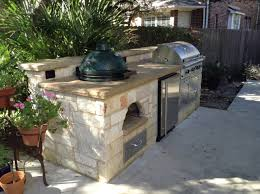 Covered Outdoor Kitchen Designs by Outdoor Kitchen With Green Egg And Big Built Into Gallery Images