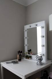 Light Up Vanity Desk Lighted Vanity Mirror Table Top Home Design Ideas