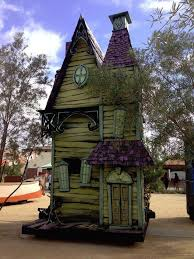 Backyard Haunted House Ideas 25 Unique Halloween Parade Float Ideas On Pinterest Daredevil