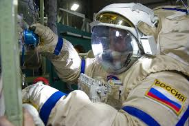 russian cosmonaut simulates mars landing after return from space