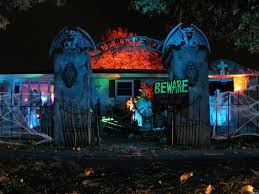 halloween decorated houses october show me decorating hang idolza