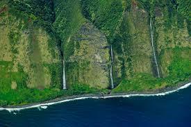 Hawaii waterfalls images Top 10 waterfalls of hawaiian islands wondermondo jpg