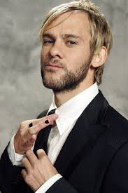 boys who wear long hair and nails dominic monaghan hairstyle hairstyles for men suit and tie