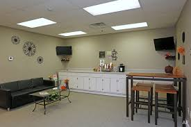 Office Furniture Peoria Il by Civic Center Plaza Apartments Peoria Il Apartment Finder