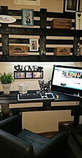 Wall Desk Diy by Diy Pallet Computer Desk With Wall Shelf