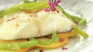 cuisiner le merluchon recette merlu au four cuisiner merlu recette poisson au four