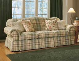 Overstuffed Sofa And Loveseat by Best 25 Plaid Couch Ideas On Pinterest Painting Fabric
