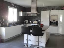 catelles cuisine cuisine avec carrelage gris design d int rieur moderne ilot central
