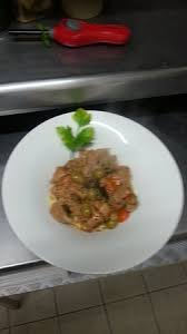 cuisine de cagne sauté de veau à la provençale picture of brasserie des halles