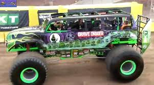 grave digger monster truck specs monster truck photo album