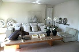 idée de canapé salon idee deco idee deco salon canape noir stunning deco salon noir