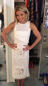 how does kelly ripa style her hair 78 best kelly images on pinterest hair dos petite fashion and
