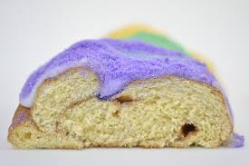 new orleans king cake delivery king cake haydelicious