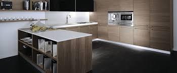 cuisine equipee bois cuisine équipée bois moderne cuisine en image