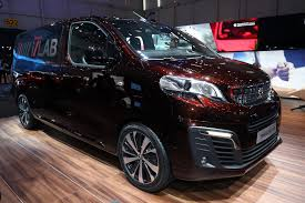peugeot traveller allure peugeot facelifts 2008 ushers in new mpv at geneva by car magazine