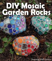 Garden Crafts For Adults - 16 cool things to make with rocks
