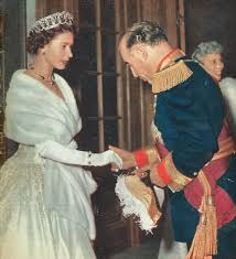 queen elizabeth ii with president craveiro lopes portugal 1957