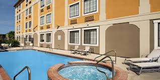 holiday inn express u0026 suites san antonio dtwn market area hotel by ihg