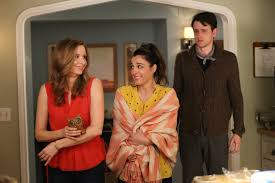 modern family thanksgiving playing house usa network