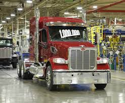 paccar truck sales paccar achieves record annual revenues and strong profits business
