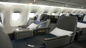 united airlines hubs united airlines increasing routes to hawaii adding lie flat