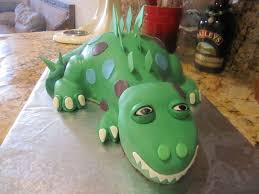 sculpted dinosaur birthday cake cakecentral com