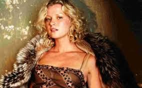 Gretchen Mol Vanity Fair Gretchen Mol Vanity Fair Cover Foto Von Neysa Fans Teilen
