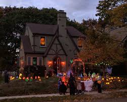 homes decorated for halloween series halloween decorated house 2 photo leo photos at pbase com